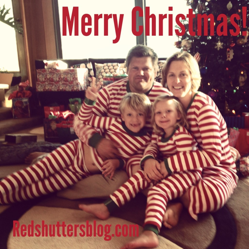 redshutters_merrychristmas